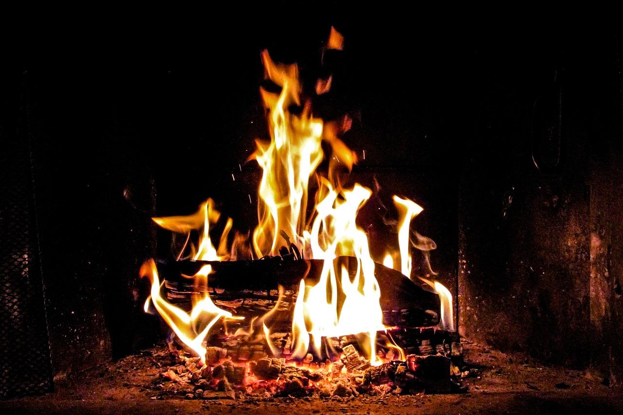fire-917411_1280